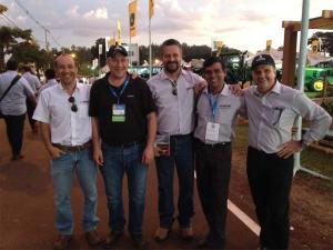 Equipe Bellota em la Feira Agrishow do Brasil