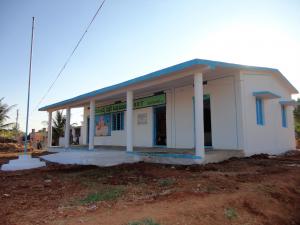 Bellota und die Vicente Ferrer Stiftung errichten eine Schule in Indien, um die Entwicklung vor Ort zu fördern
